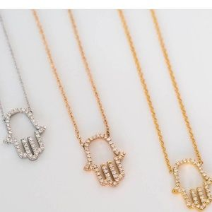 Hamsa necklace nwt zara